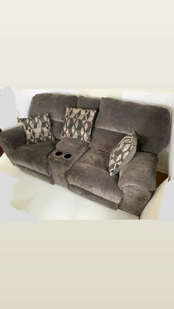 super comfortable kelly motion sofa recliner from